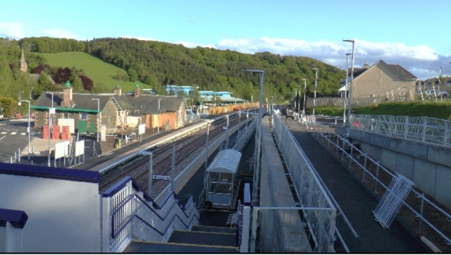 Stow Station between Gorebridge and Galasheils