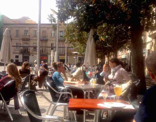 Plaza del Sol in Barcelona's Gracia district and 200m from the Apartment
